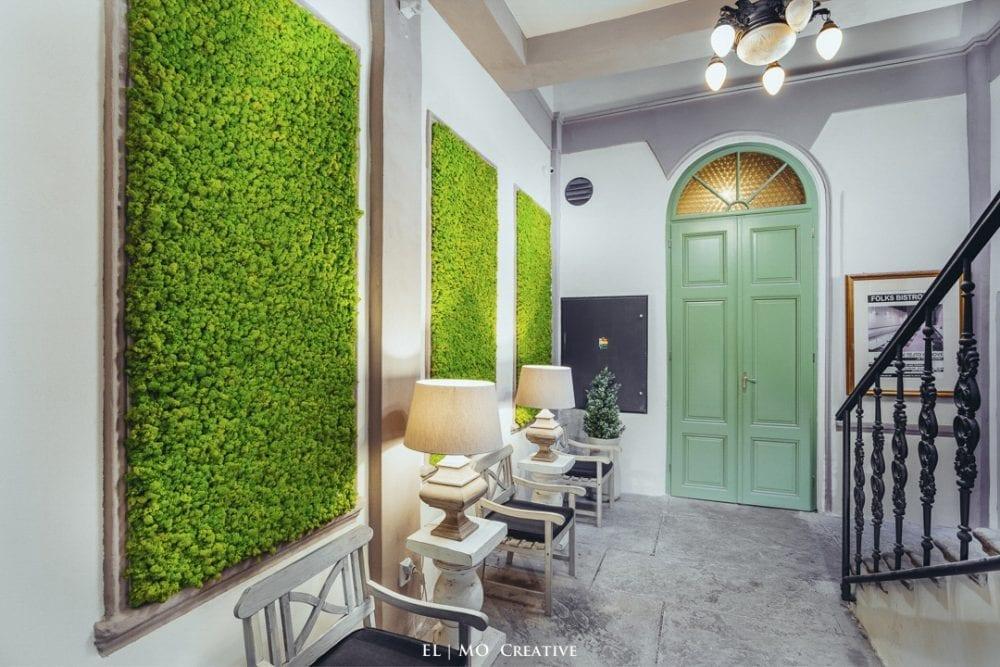 Machova stena interier v hoteli v Kosiciach
